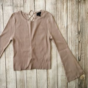 Intermix Top Bell Sleeves Back Tie Size Medium
